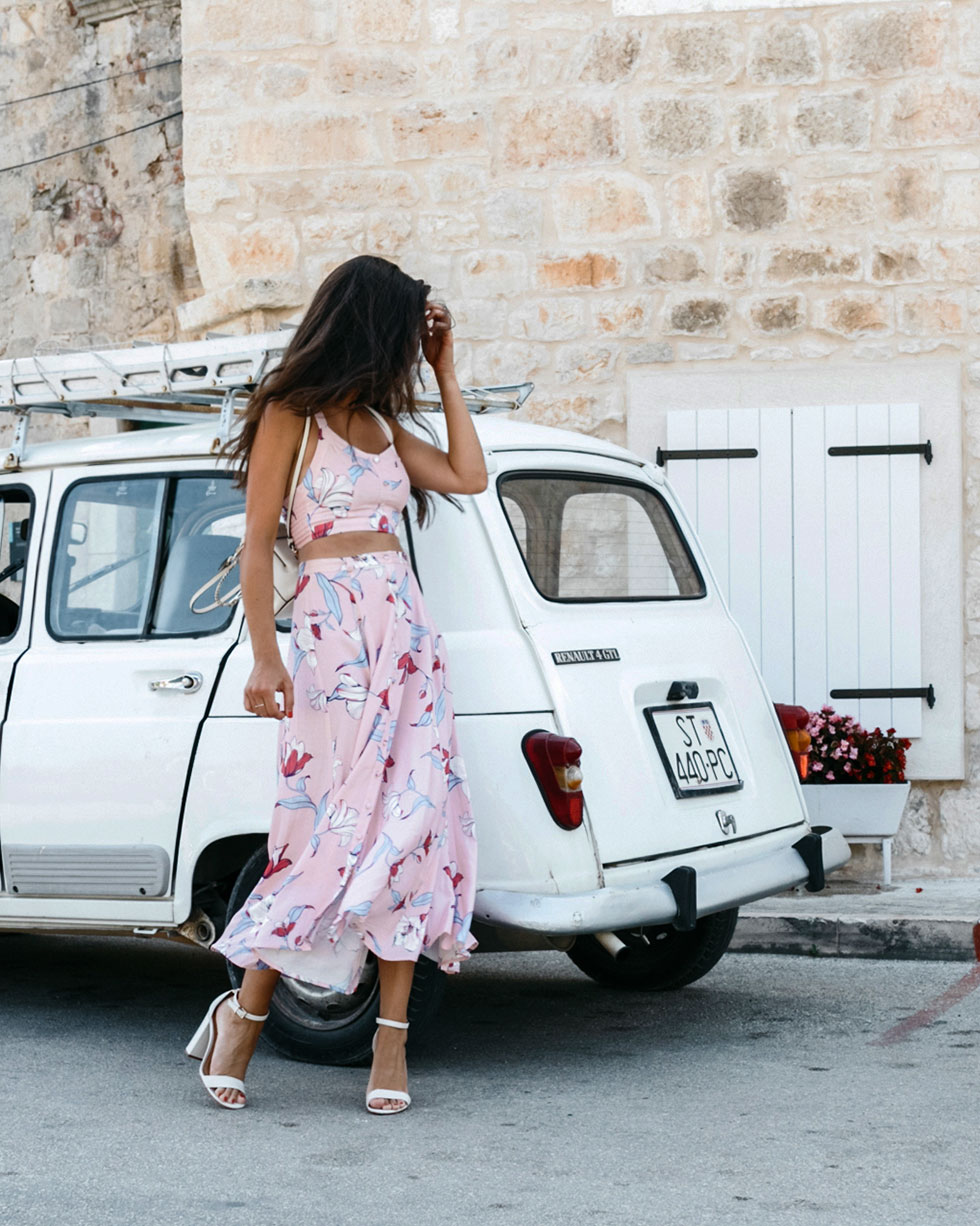 Yumi-Kim-TRINITY-SKIRT-Yumi-Kim-TABOO-TOP-pink-floral-midi-skirt-pink-floral-tank-top-europe-travel-outfit2.jpg