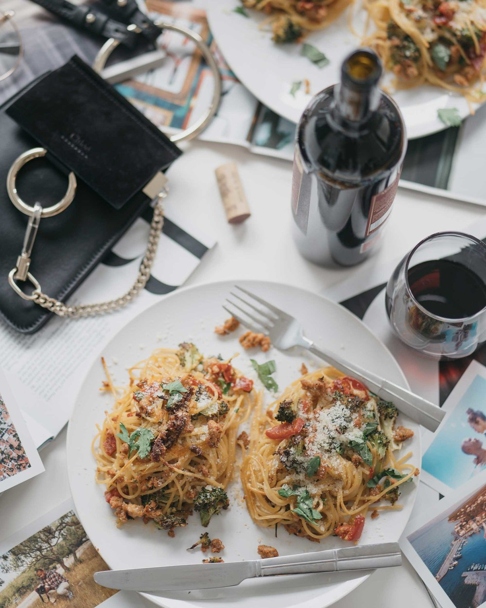 how-to-make-spagetti-nests-with-italian-sausage-broccoli-and-hot-cherry-peppers-flatlay-dinner-18.jpg