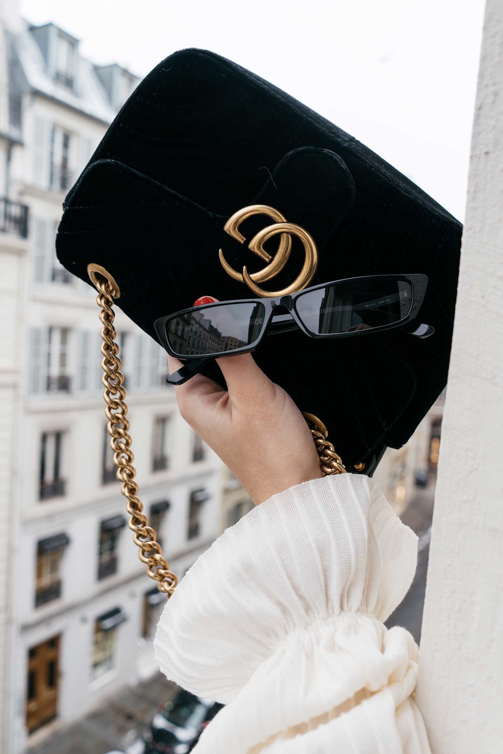 Gucci GG Marmont velvet shoulder bag2.jpg