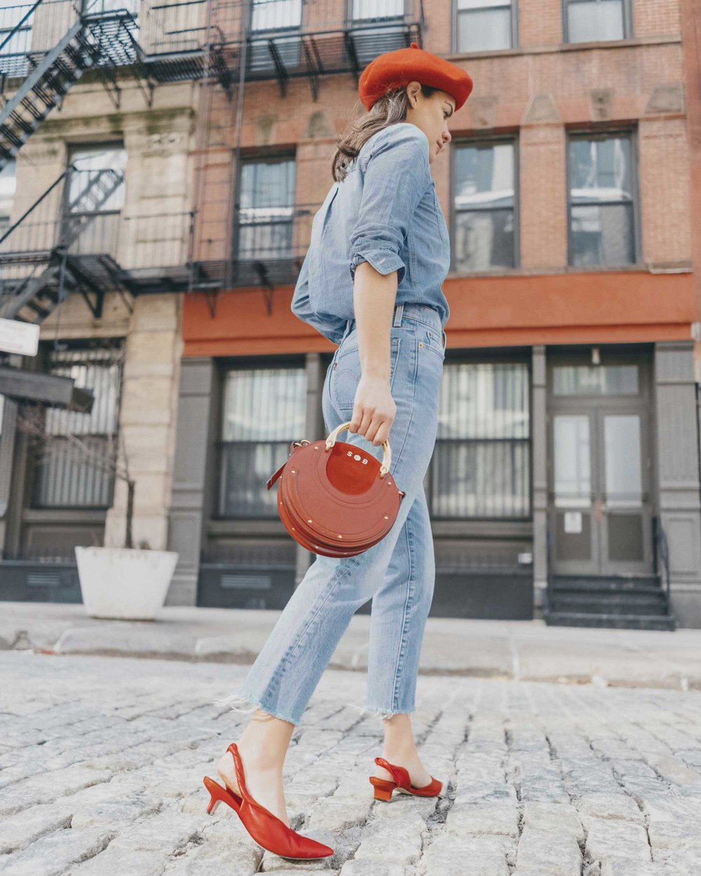 Madewell Chambray Boyfriend Shirt  Levi's Wedgie High-Rise Straight Jeans Chloe Pixie Leather Crossbody Bag.jpg