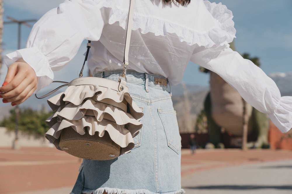 Festival-outfit-off-the-shoulder-ruffle-blouse-ruffle-denim-skirt-cabazon-dinosaurs3.jpg