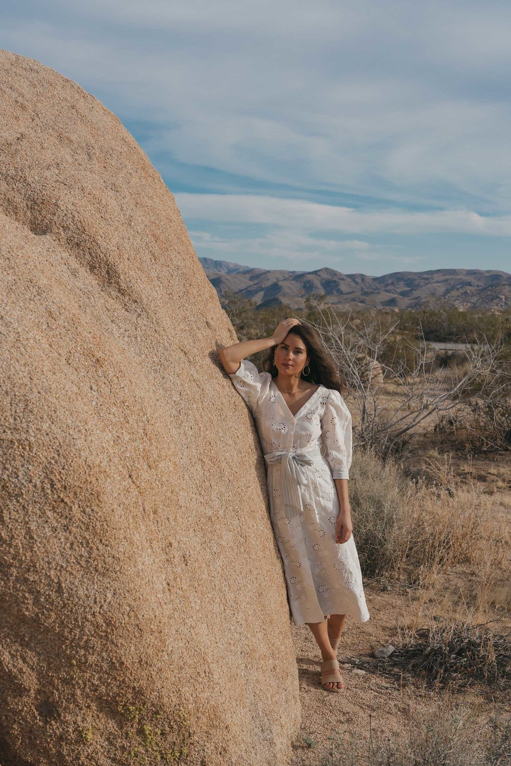 Rebecca-Taylor-vintage-inspired-eyelet-dress-Joshua-Tree-Festival-Outfit--8.jpg
