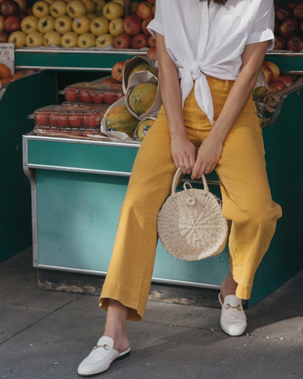Madewell emmett wide-leg crop pants Round Woven Bag short-sleeve tie-front shirt summer outfit fruit stand new york2.jpg