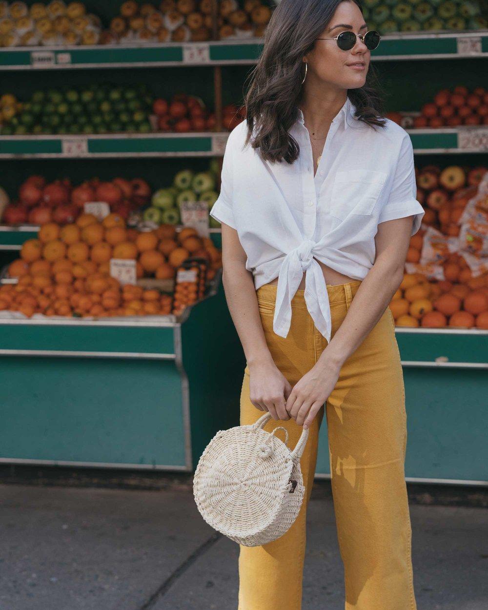 Madewell emmett wide-leg crop pants Round Woven Bag short-sleeve tie-front shirt summer outfit fruit stand new york12.jpg