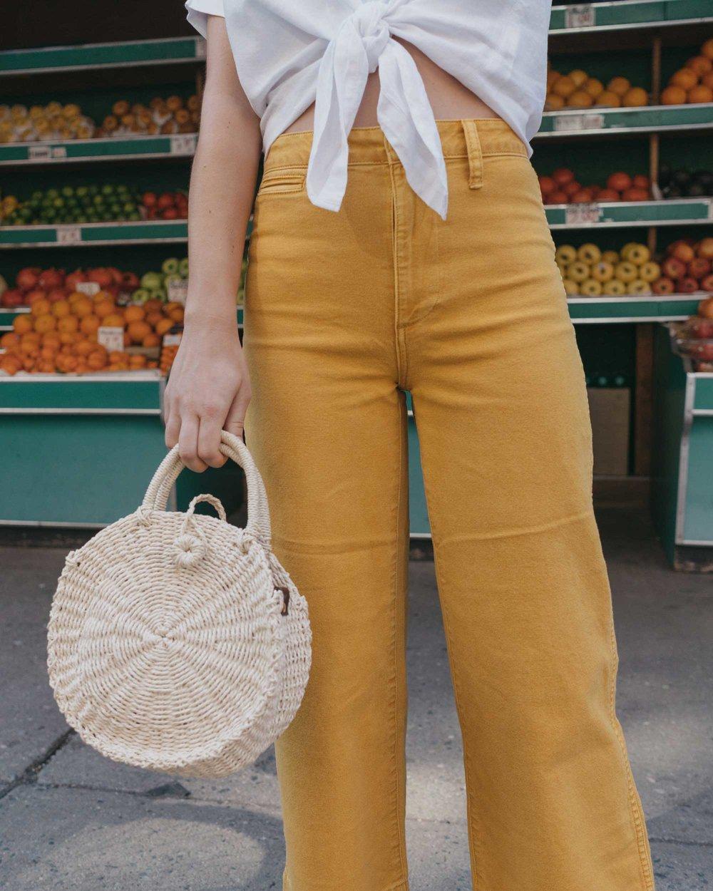 Madewell emmett wide-leg crop pants Round Woven Bag short-sleeve tie-front shirt summer outfit fruit stand new york6.jpg