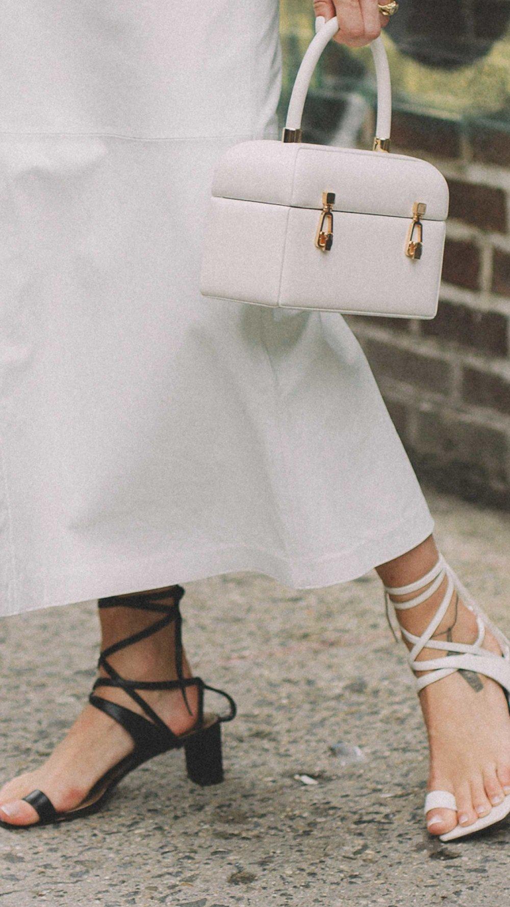 New-York-Fashion-Week-NYFW-SS18-street-style-day-five-SS18-11.jpg