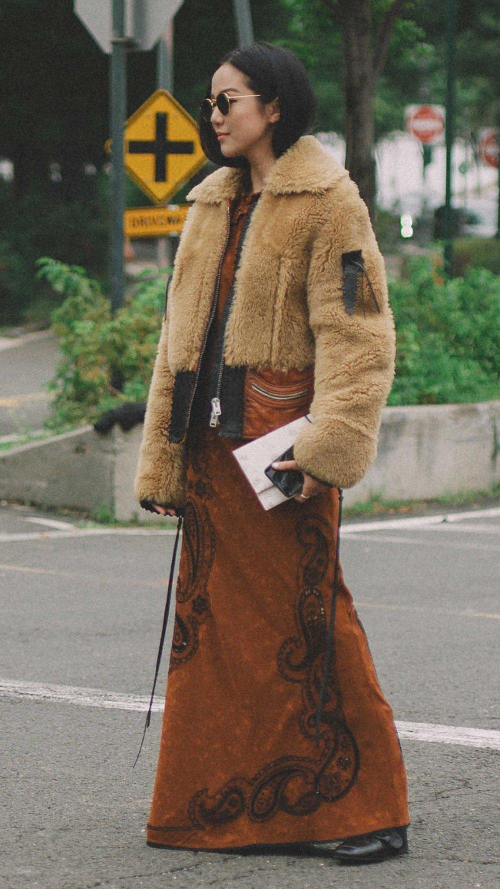 New-York-Fashion-Week-NYFW-SS18-street-style-day-five-SS18-17.jpg