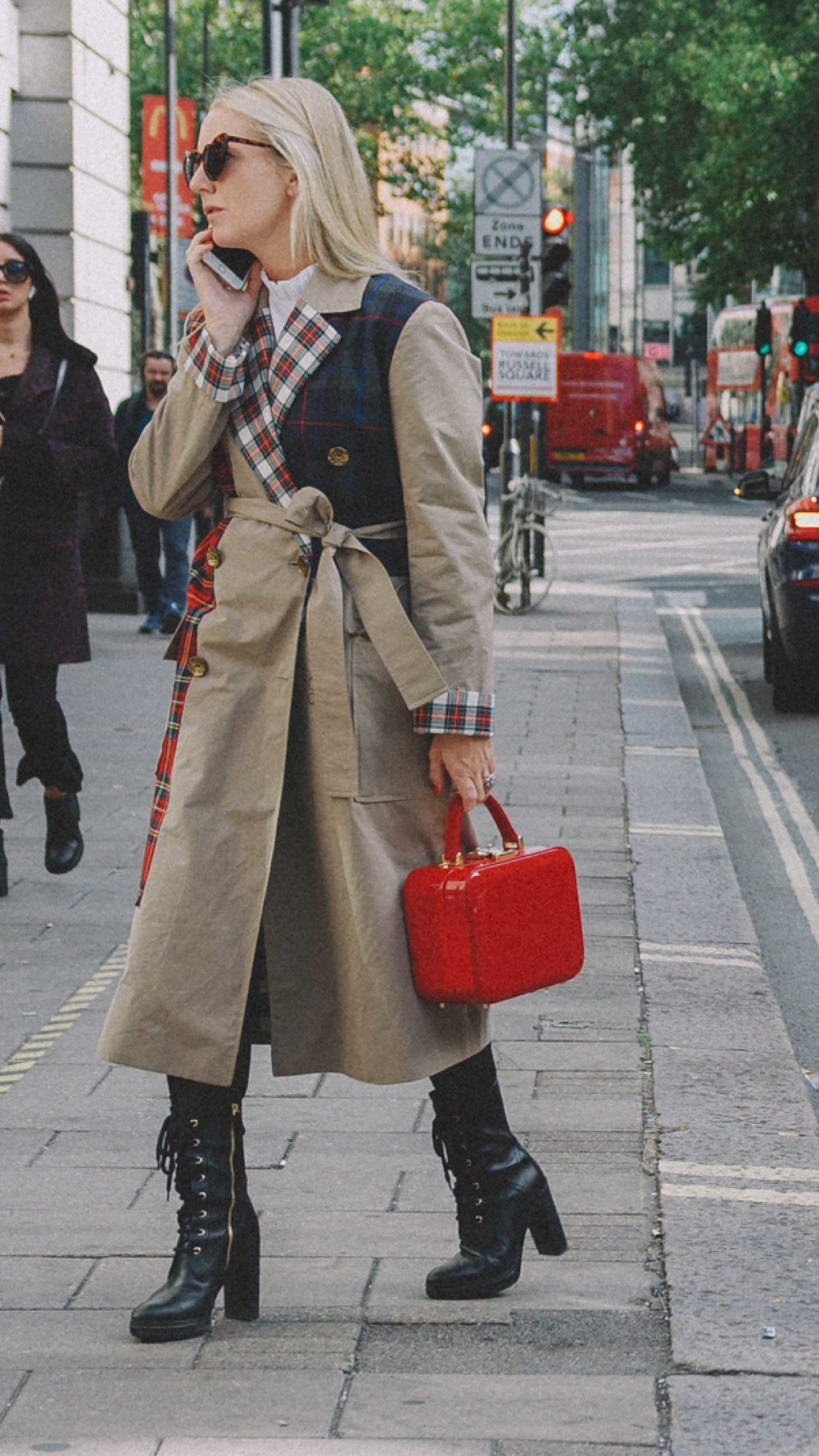 London Fashion Week Street Style Photos Day One SS18 Outfit Inspiration7.jpg