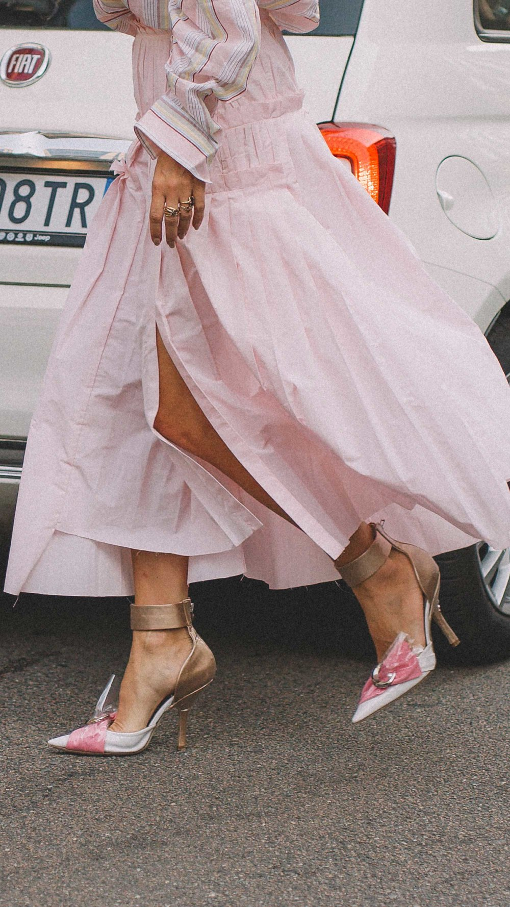 Milan-fashion-street-style-outfits-week-day-three-ss19-9.jpg