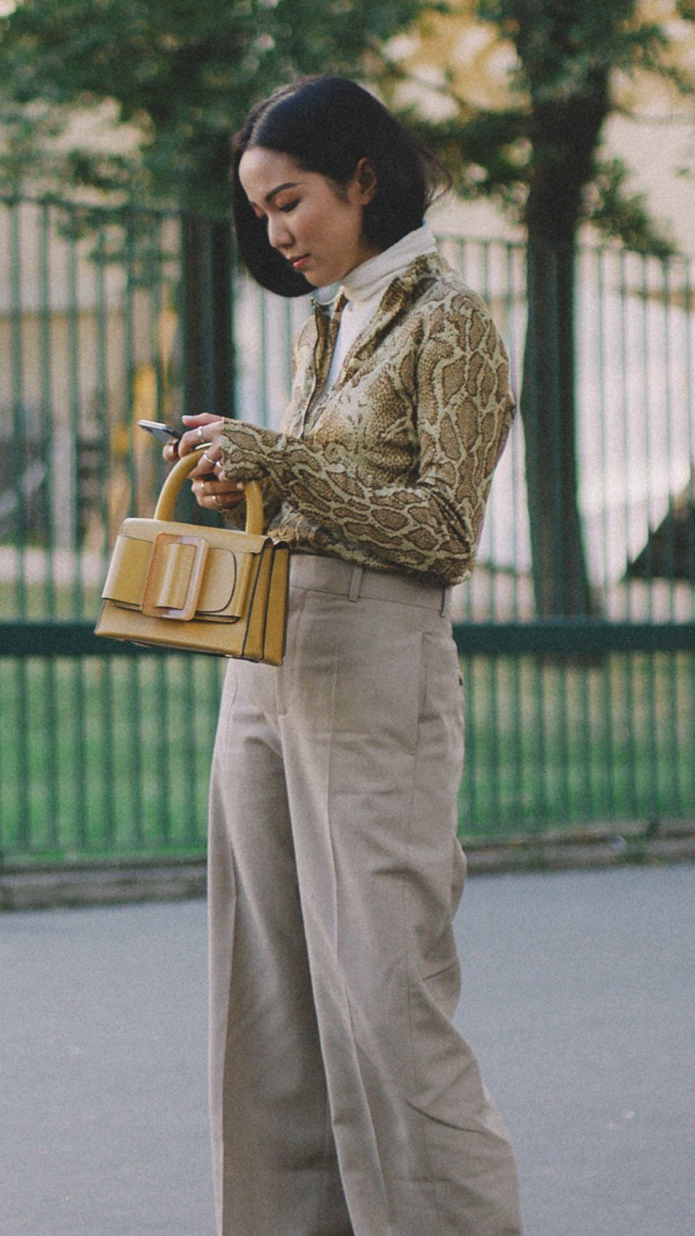 Paris-fashion-street-style-outfits-week-day-two-ss19-17.jpg