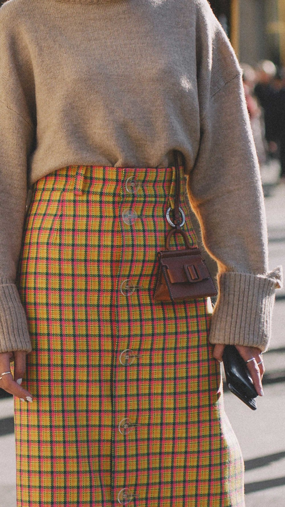 Paris-fashion-street-style-outfits-week-day-three-ss19-38.jpg
