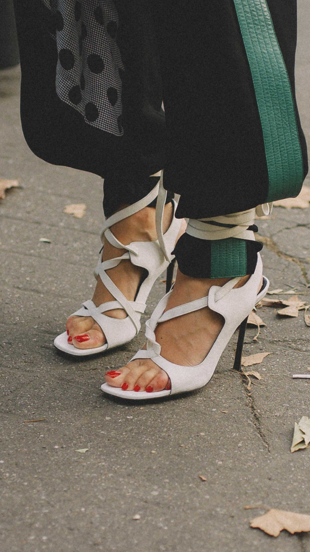 Paris-fashion-street-style-outfits-week-day-five-ss1936.jpg