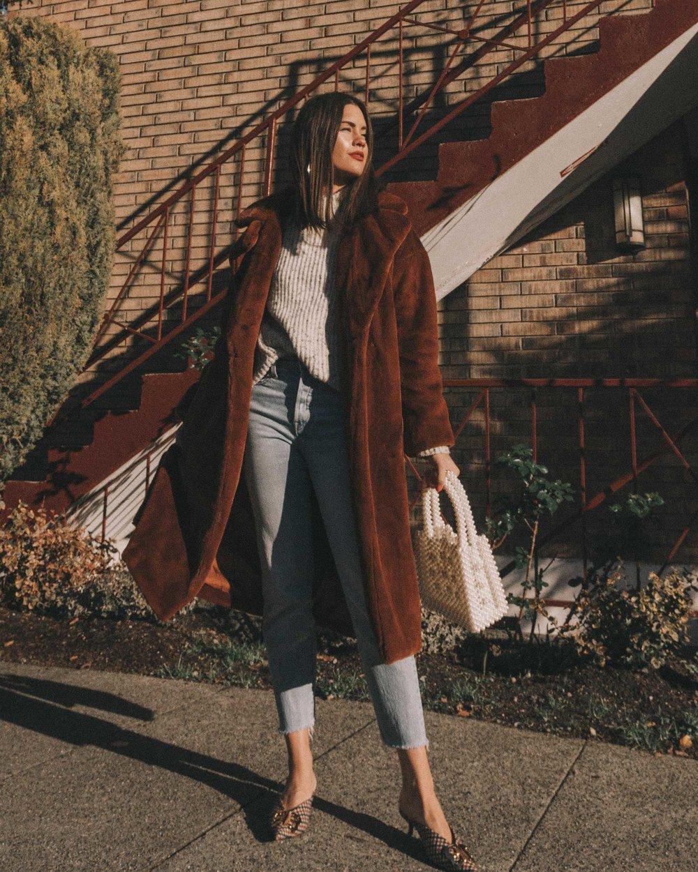 Topshop Bella Velvet Brown Faux Fur Coat winter outfit levis wedgie jeans seattle.jpg