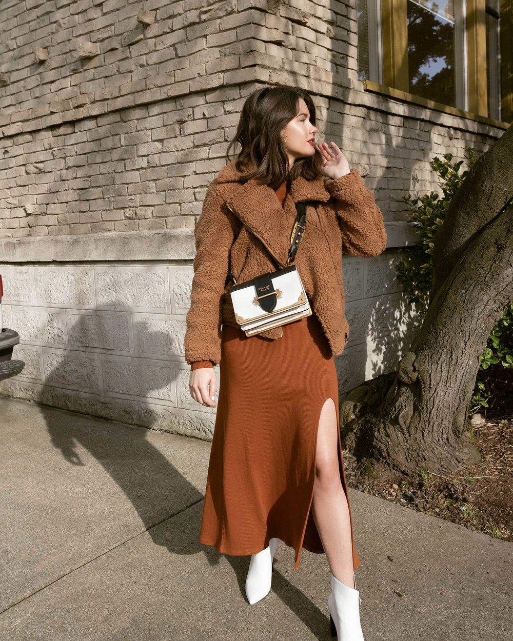 Sarah Butler of Sarah Styles Seattle wears ASTR the Label Faux Shearling Moto Jacket and Prada Saffiano Leather Cahier Bag for a causal winter outfit | @sarahchristine, Seattle Blogger20.jpg