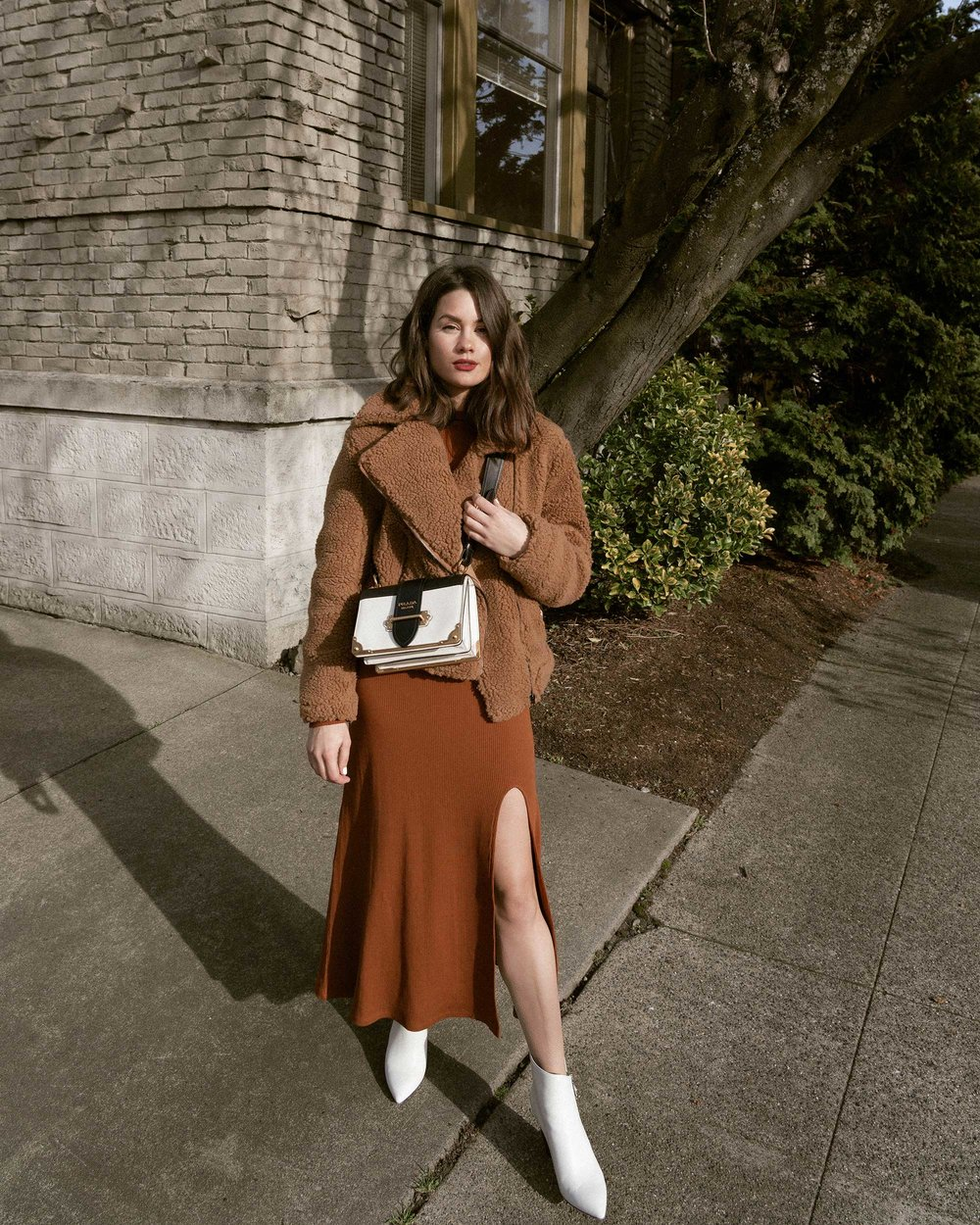Sarah Butler of Sarah Styles Seattle wears ASTR the Label Faux Shearling Moto Jacket and Prada Saffiano Leather Cahier Bag for a causal winter outfit | @sarahchristine, Seattle Blogger11.jpg