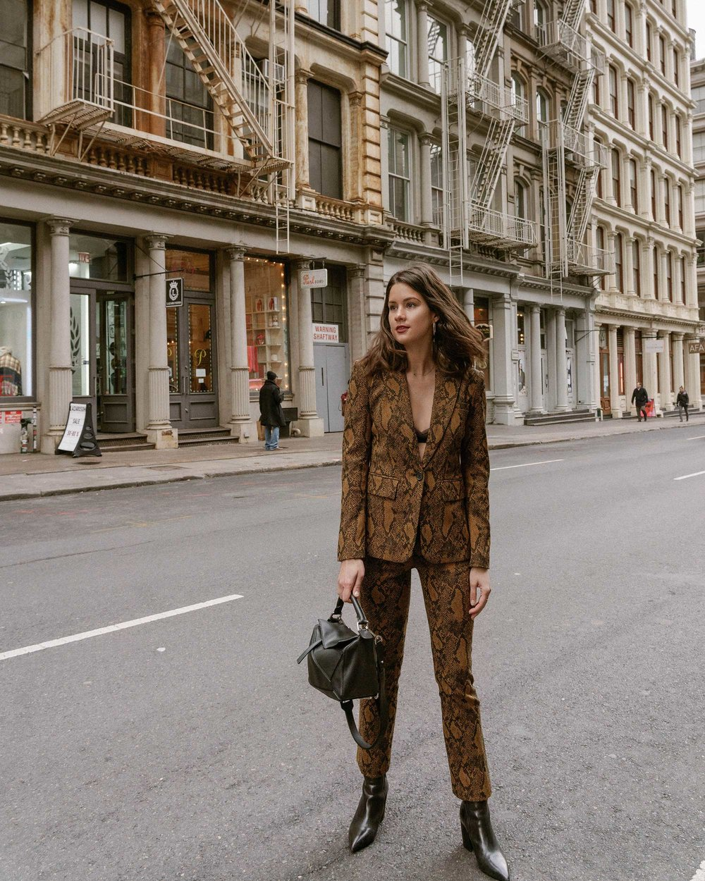 Sarah Butler of Sarah Styles Seattle wears Joie Anilah snakeskin print suit for New York Fashion Week  and Loewe Small Puzzle Shoulder Bag | @sarahchristine, Seattle Blogger4.jpg