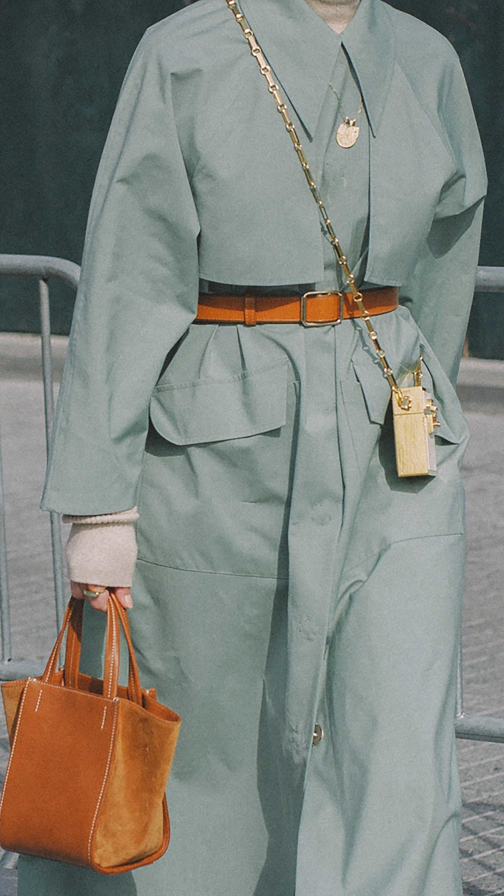 20 irresistible pastel outfit ideas for winter from New York Fashion Week street style7.jpg