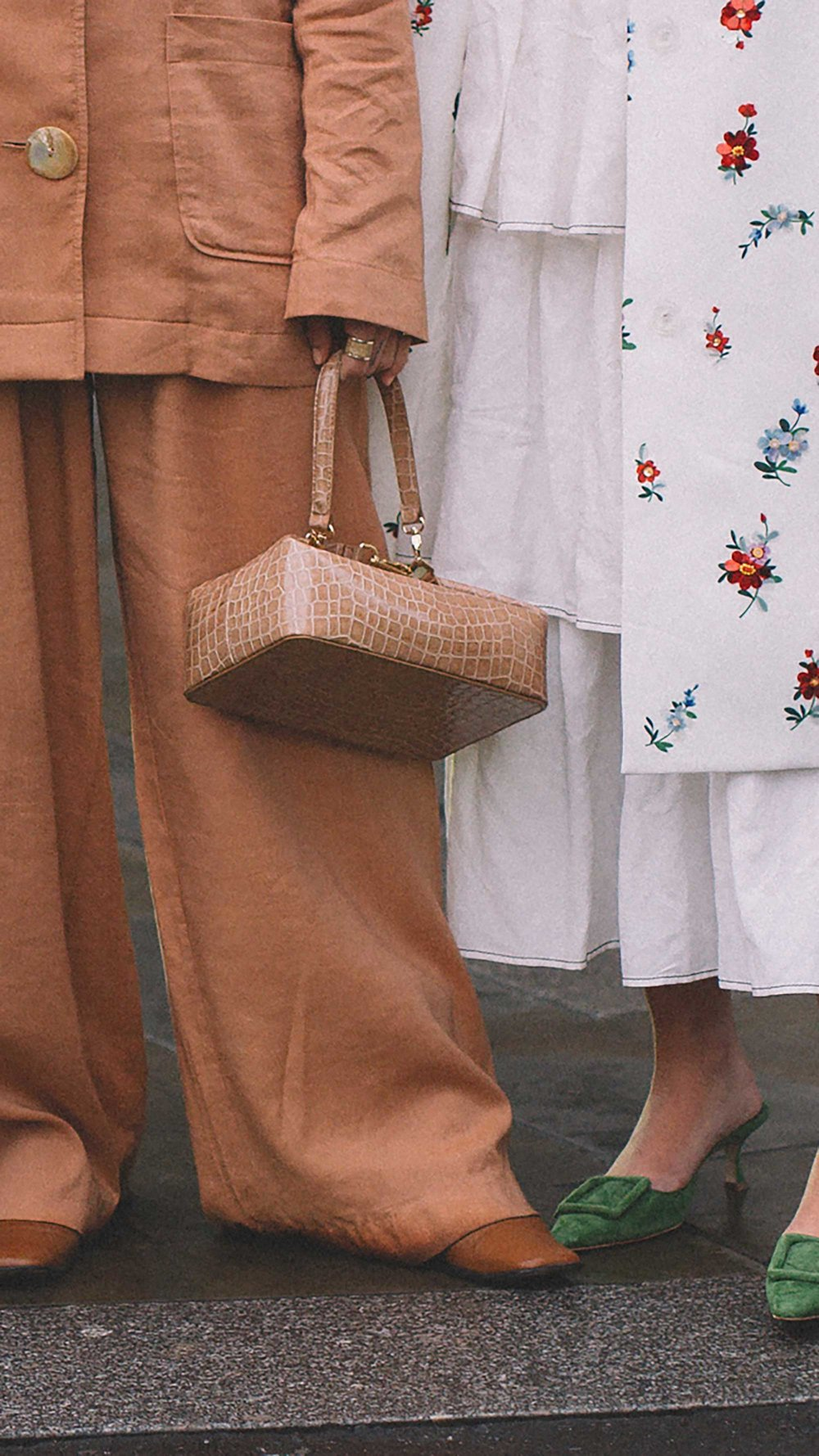 Best outfits of London Fashion Week street style day three LFW FW19 68.jpg