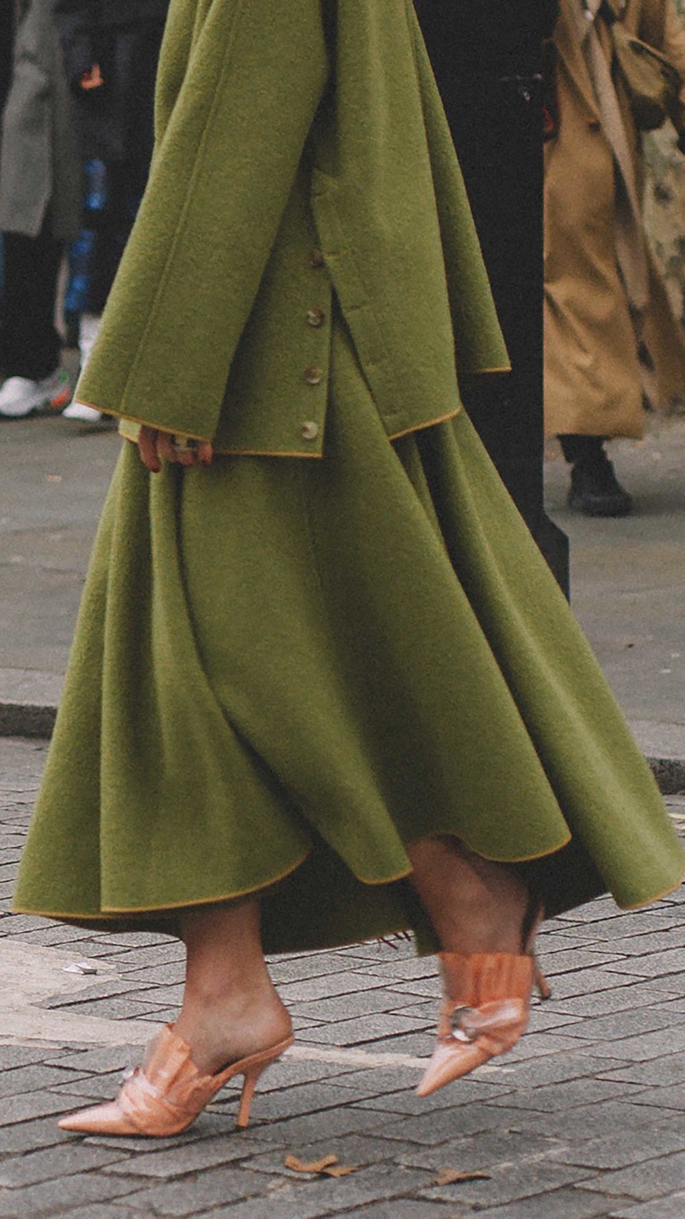 Best outfits of London Fashion Week street style day three LFW FW19 42.jpg