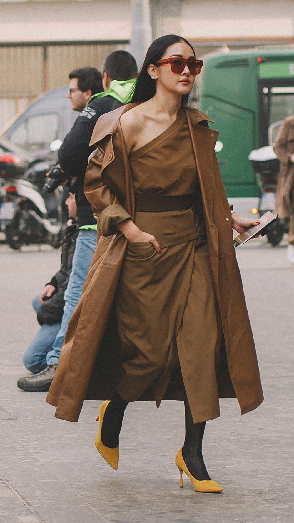 Best outfits of Milan Fashion Week street style day one MFW FW192.jpg