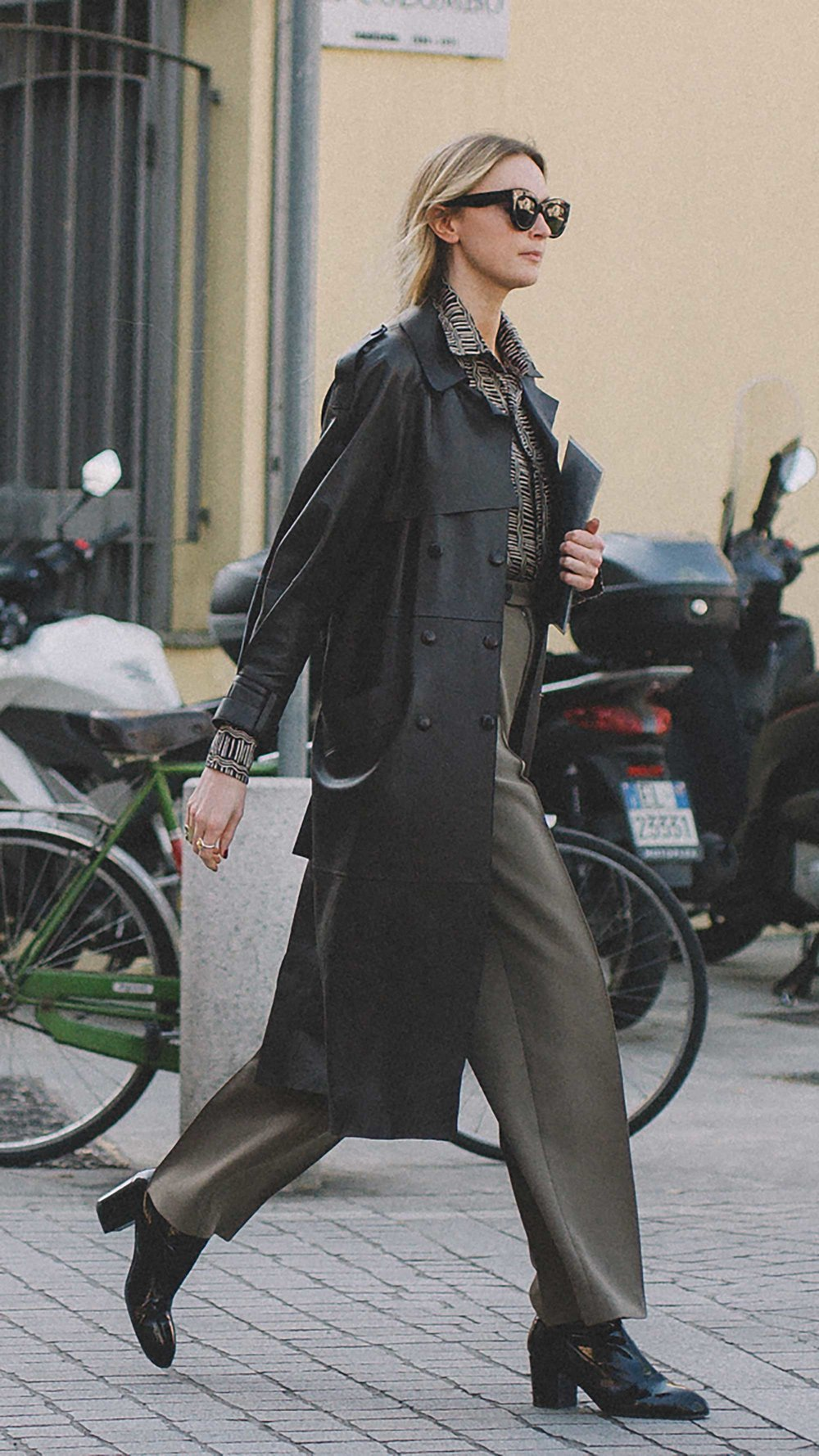 est outfits of Milan Fashion Week street style day two MFW FW19 59.jpg