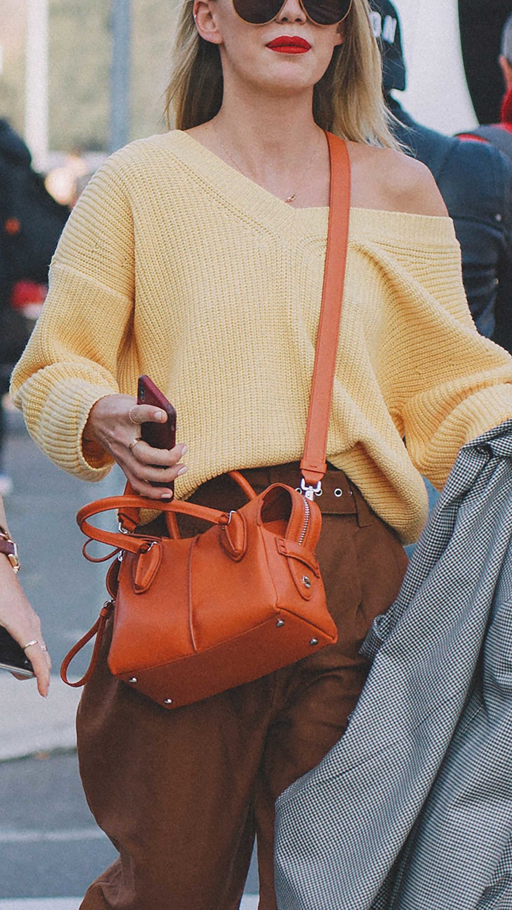 est outfits of Milan Fashion Week street style day two MFW FW19 28.jpg