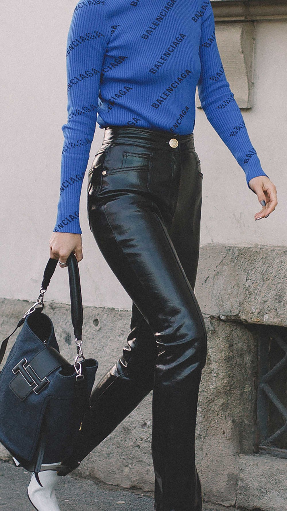 est outfits of Milan Fashion Week street style day two MFW FW19 8.jpg