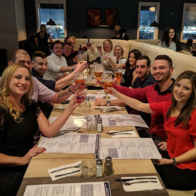 Cheers. To Friends and Family! www.socialeatery.ca #dinner #restautants #cheers #yum #mississauga #meadowvale #food #family #drinks #party #socialeatery  #winter #christmas #weekend