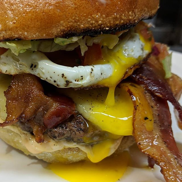 "The Perfect New Year's Day Lunch. One of of our secret menu Burgers. ""The Dave"". #mississauga #bacon #burgers #eggs #holidays #newyear #meadowvale #brunchburger #burgerlover #salsa #foodie #bestburgers #dave #happynewyear"