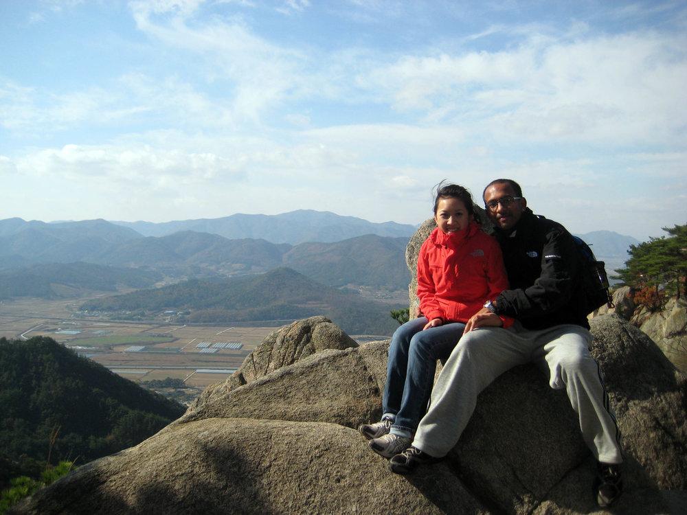 The-top-of-Namsan-mountain-in-Gyeongju-2.jpg