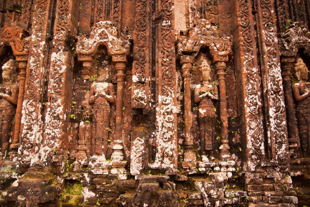 hindu sculptures - my son ruins, vietnam