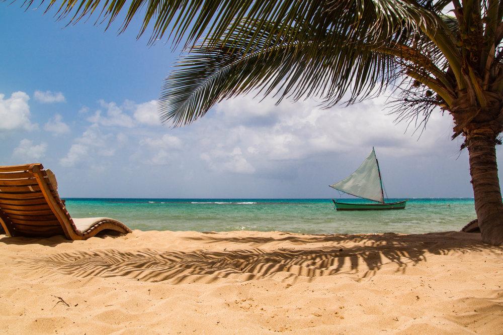 beach at yemaya | little corn island, nicaragua
