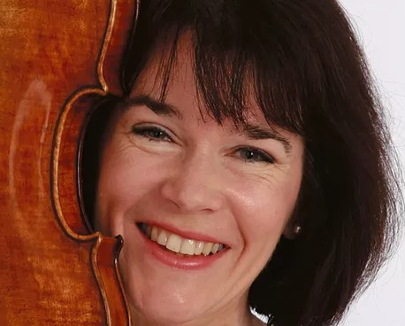GINA MCCORMACK (Scandinavian Management)  Violin