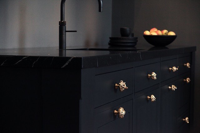 Bronze knobs, limited edition. #interiordesign #danishdesign #bronze #kitcheninspo #interiør #interior #køkken #inspiration #designinspo