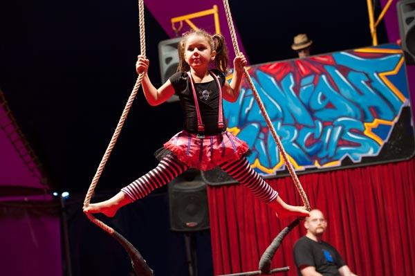 sam_first_circus2.jpg