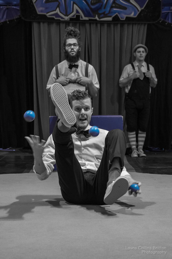 book_juggling_midnight-circus.jpg