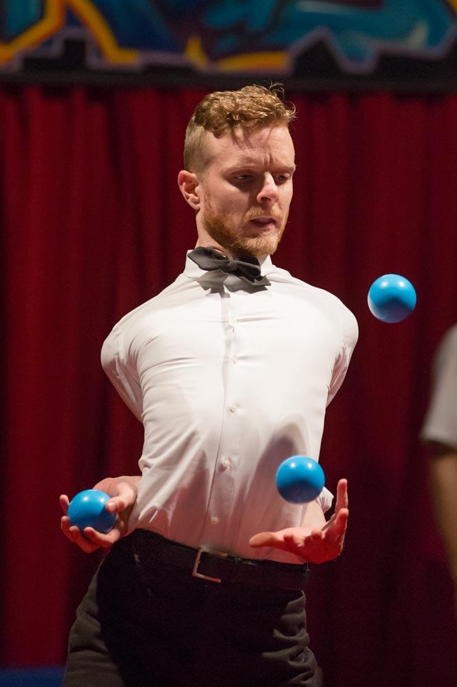 juggling_book_kennison-2.jpg