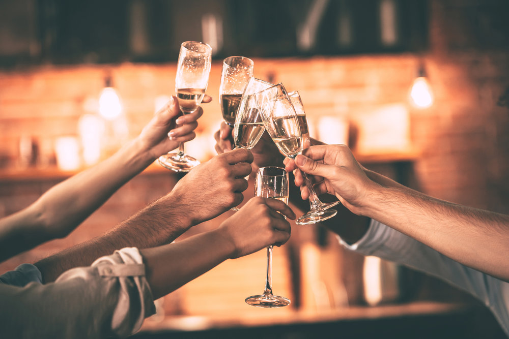 Parties & Reunions - Tee up for your next Party or Reunion celebration with the Pointe's packages, offering private event rooms and Bar/Catering specials!