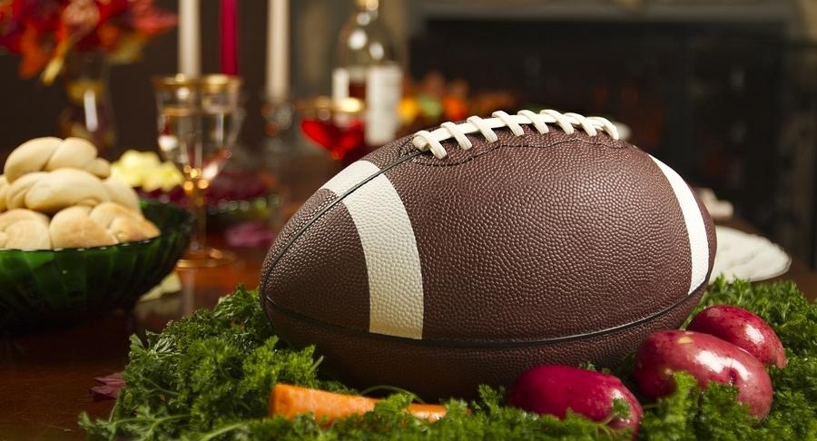 thanksgivingfootball.jpg