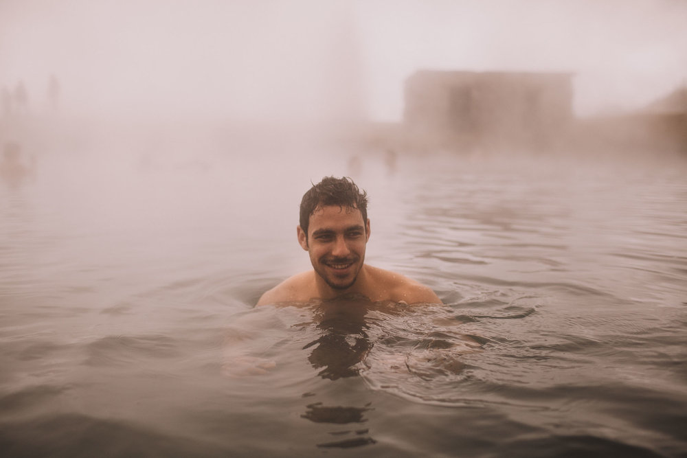 Road-trip-Islande-Iceland-Voyage-Travel-Portrait-Jérémy-Boyer-blue-secret-lagoon-hot-water-bath-2.jpg