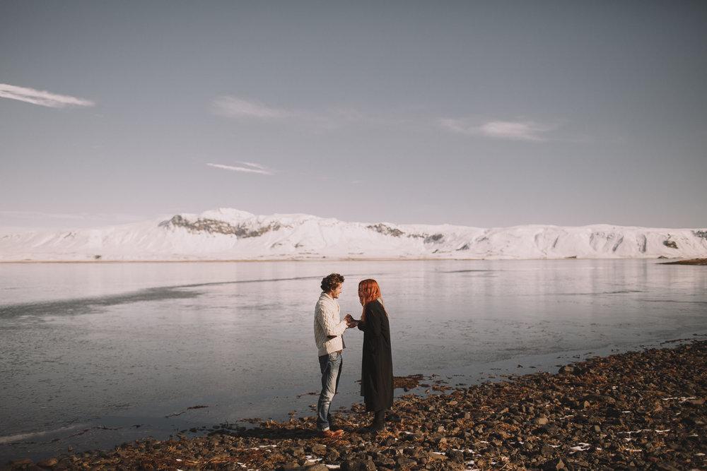 Road-trip-Islande-Iceland-Voyage-Travel-Portrait-Jérémy-Boyer-Sunny-day-between-Skogafoss-Dyrholaey-4.jpg