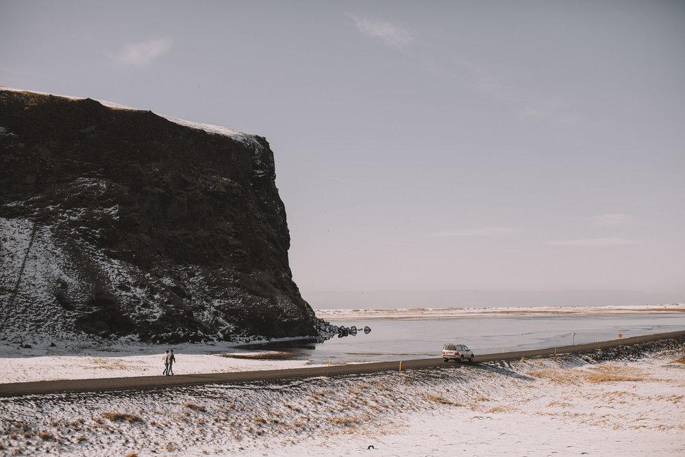 Road-trip-Islande-Iceland-Voyage-Travel-Portrait-Jérémy-Boyer-Sunny-day-between-Skogafoss-Dyrholaey-8.jpg