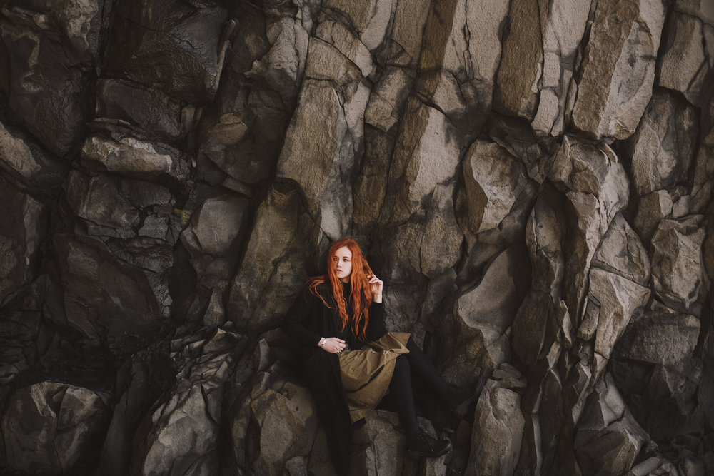 Road-trip-Islande-Iceland-Voyage-Travel-Portrait-Jérémy-Boyer-Sunny-day-Vik-black-sand-beach-sable-noir-Reynifjara-8.jpg