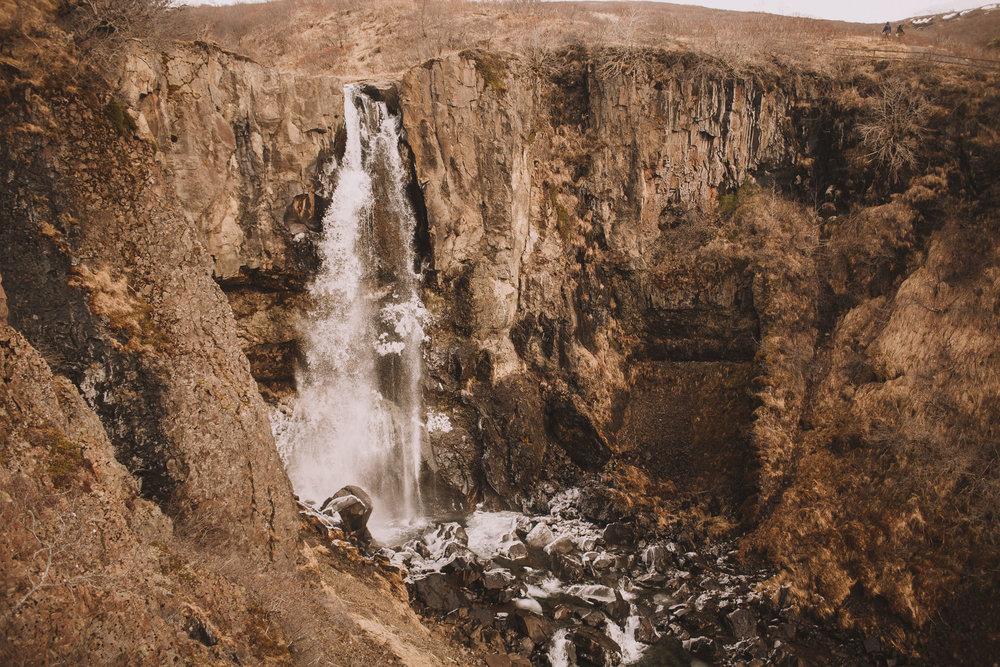 Road-trip-Islande-Iceland-Voyage-Travel-Portrait-Jérémy-Boyer-Svartifoss-3.jpg