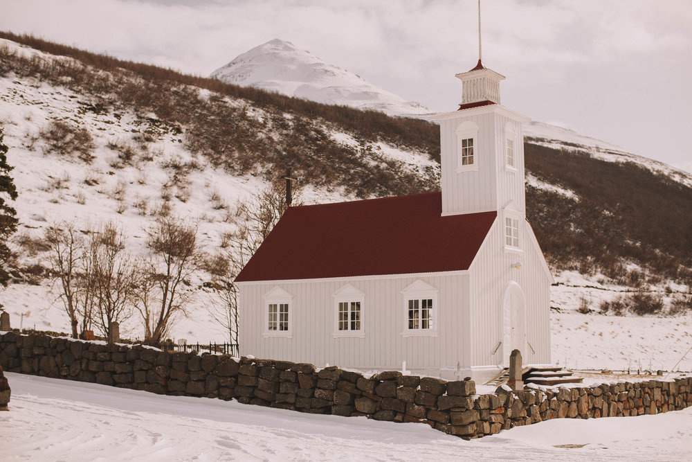 Road-trip-Islande-Iceland-Voyage-Travel-Portrait-Jérémy-Boyer-church-eglise-1.jpg