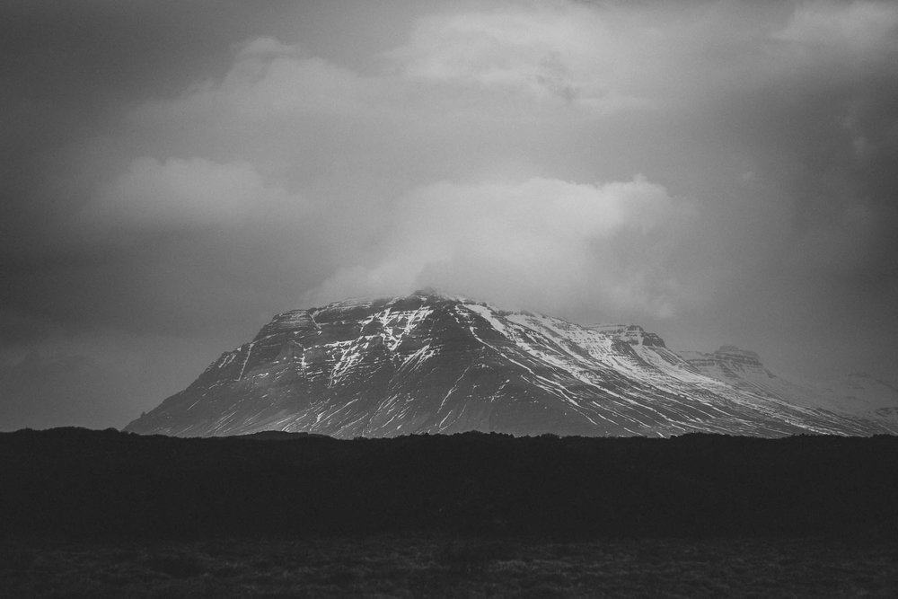 Road-trip-Islande-Iceland-Voyage-Travel-Portrait-Jérémy-Boyer-Budir-black-church-eglise-noire-5.jpg