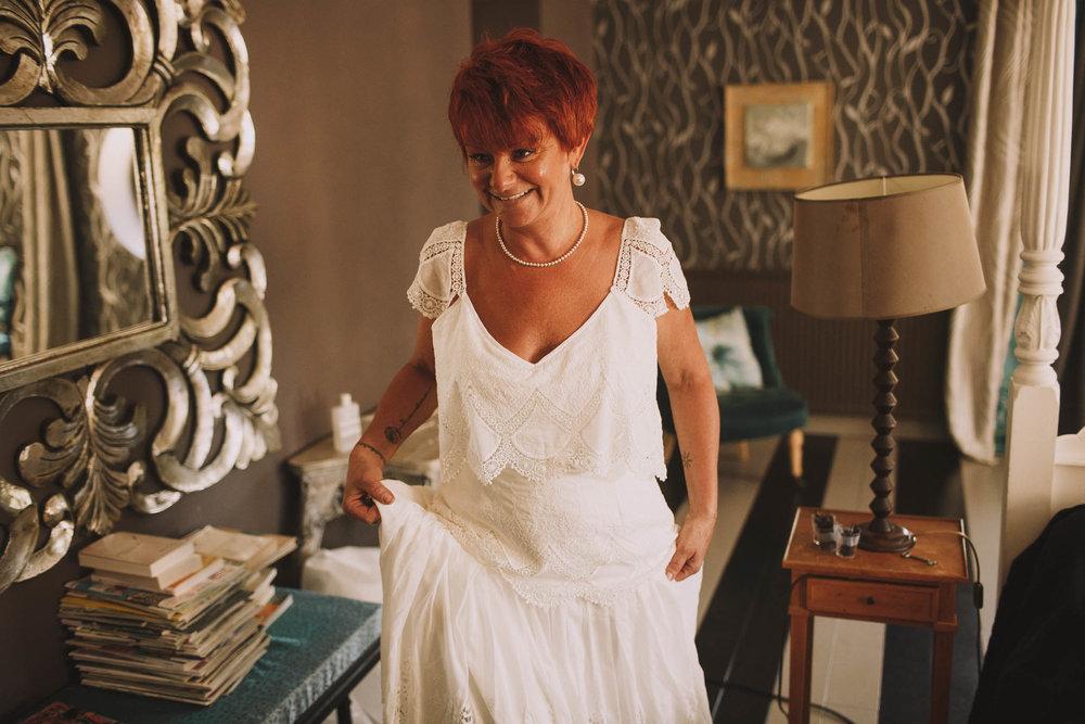France-wedding-photographer-jeremy-boyer-dordogne-aquitaine-perigord-ceremonie-laique-15.jpg