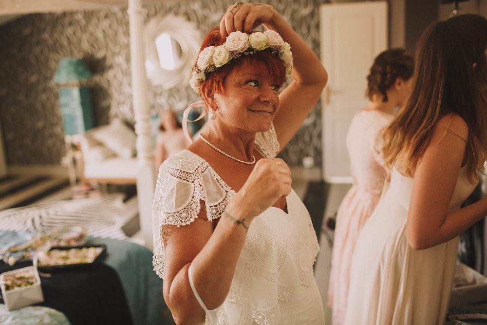 France-wedding-photographer-jeremy-boyer-dordogne-aquitaine-perigord-ceremonie-laique-17.jpg