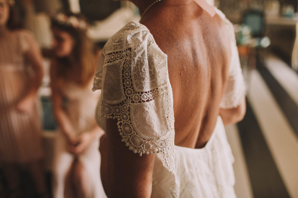 France-wedding-photographer-jeremy-boyer-dordogne-aquitaine-perigord-ceremonie-laique-22.jpg