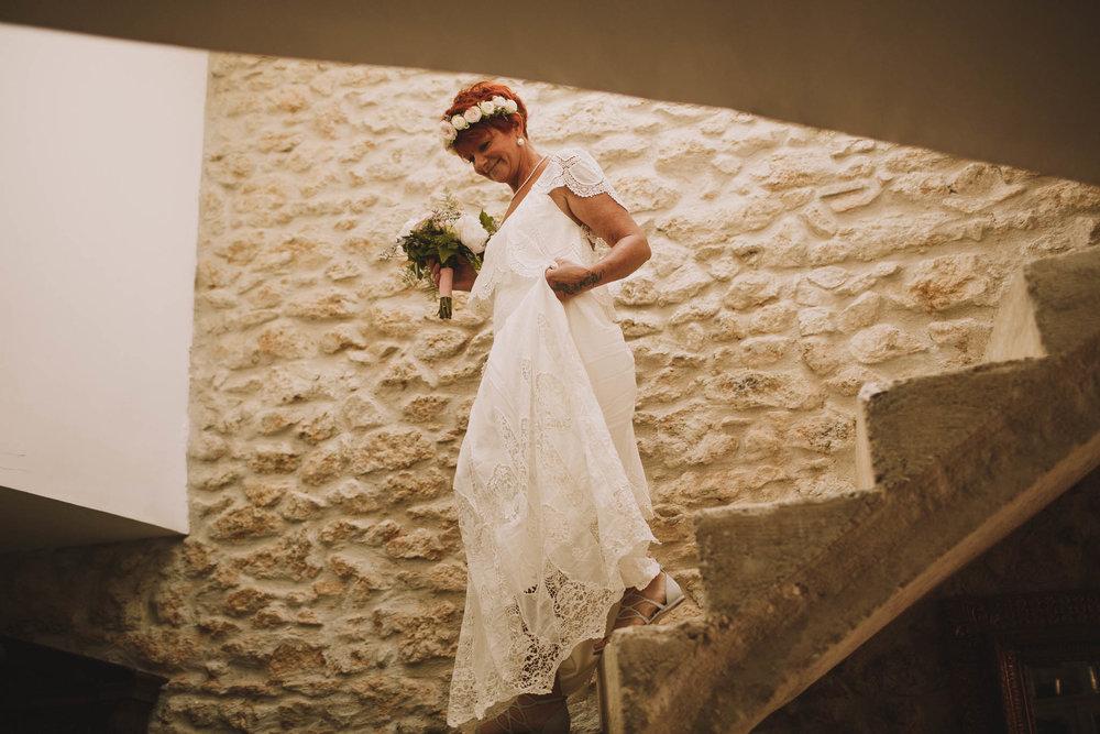 France-wedding-photographer-jeremy-boyer-dordogne-aquitaine-perigord-ceremonie-laique-24.jpg